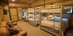 2018-Big-Dawg's-House-Beds