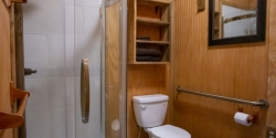 Beehive-bathroom-web